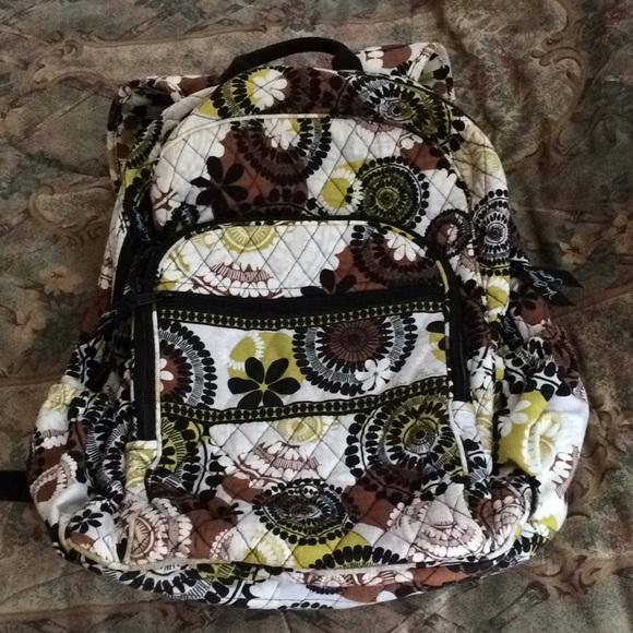 Vera Bradley Quilted Backpack. M 5c2911a3c9bf50ebaf775d5a af9f38284c203